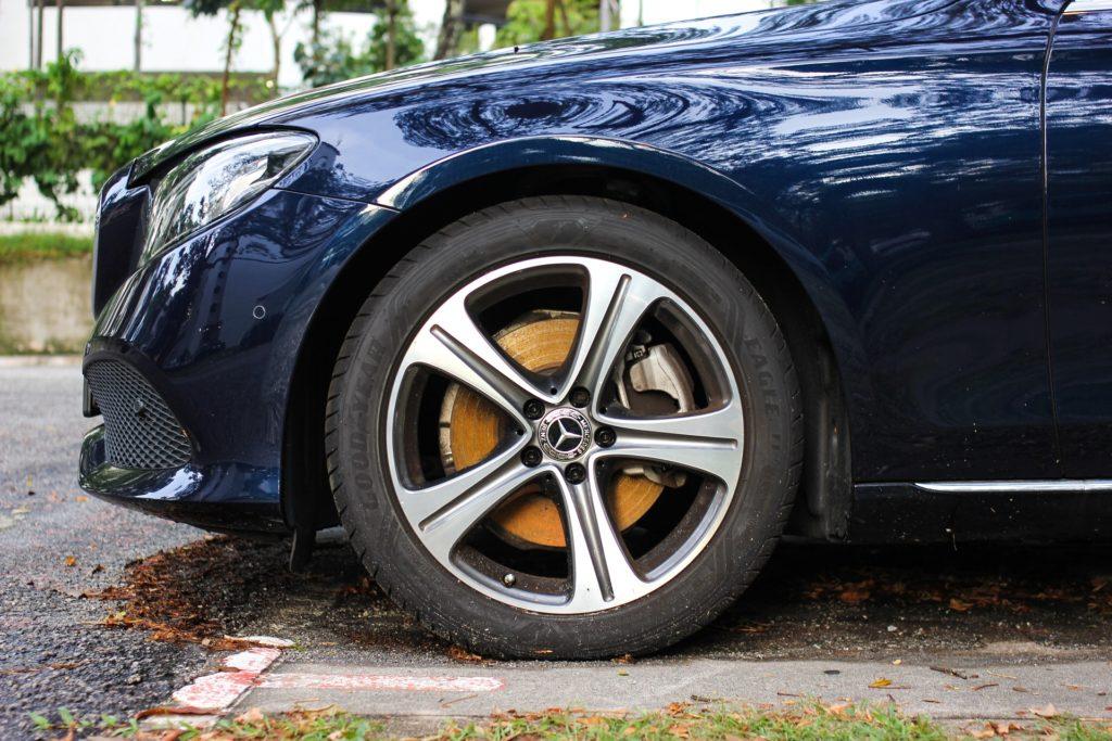 Mercedes-Benz rusty front brakes