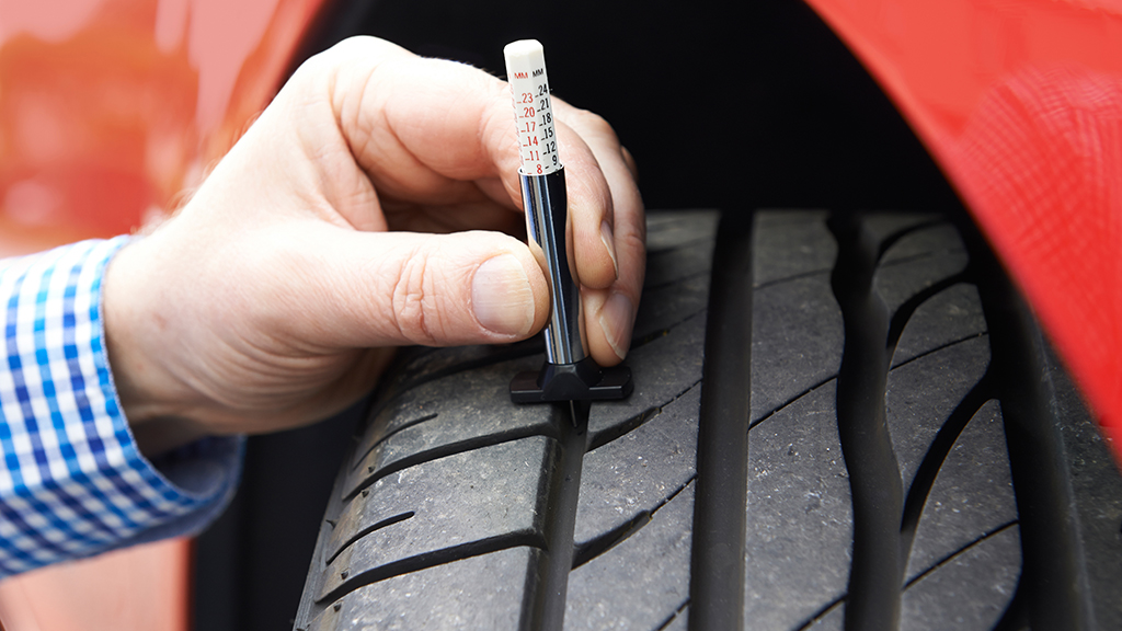 Maintaining your car at home | Tyre tread depth inspection