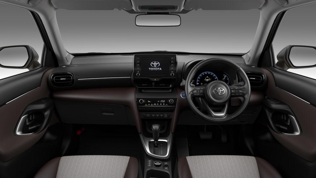 Toyota Yaris Cross dashboard - AutoApp