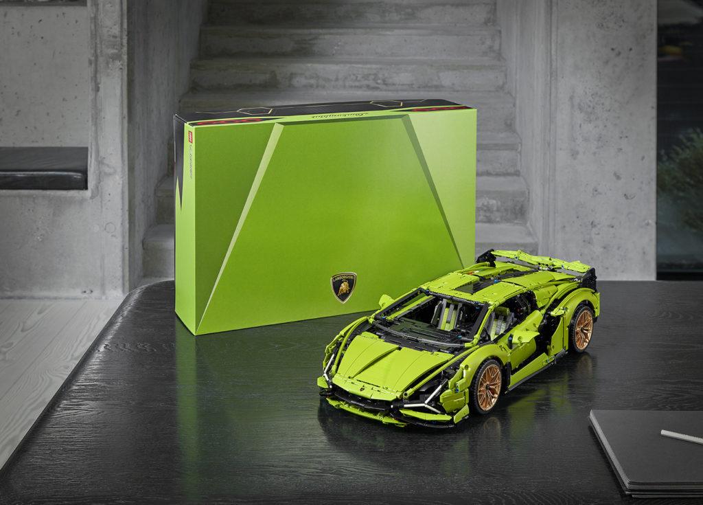 LEGO Lamborghini Sian FKP37 with the box packaging - AutoApp