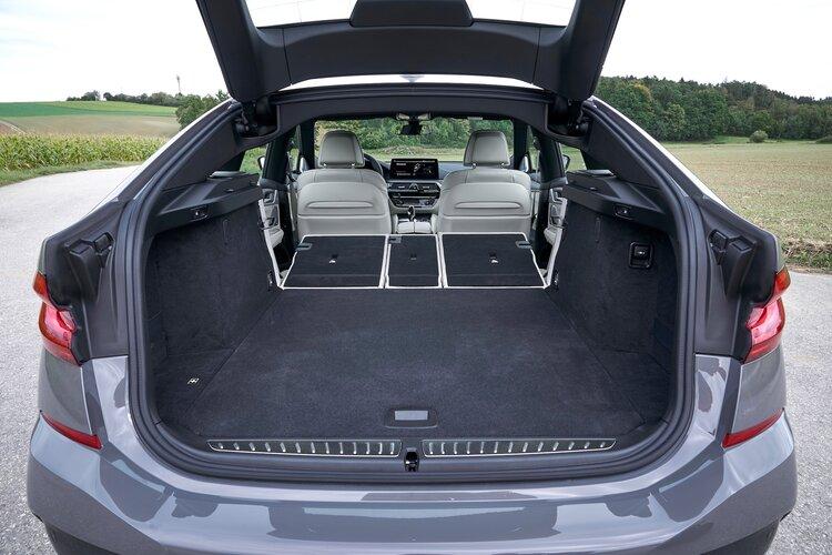 BMW 6 Series Gran Turismo rear cargo area
