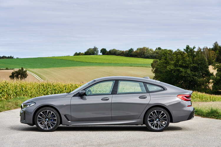 New BMW 6 Series Gran Turismo side view