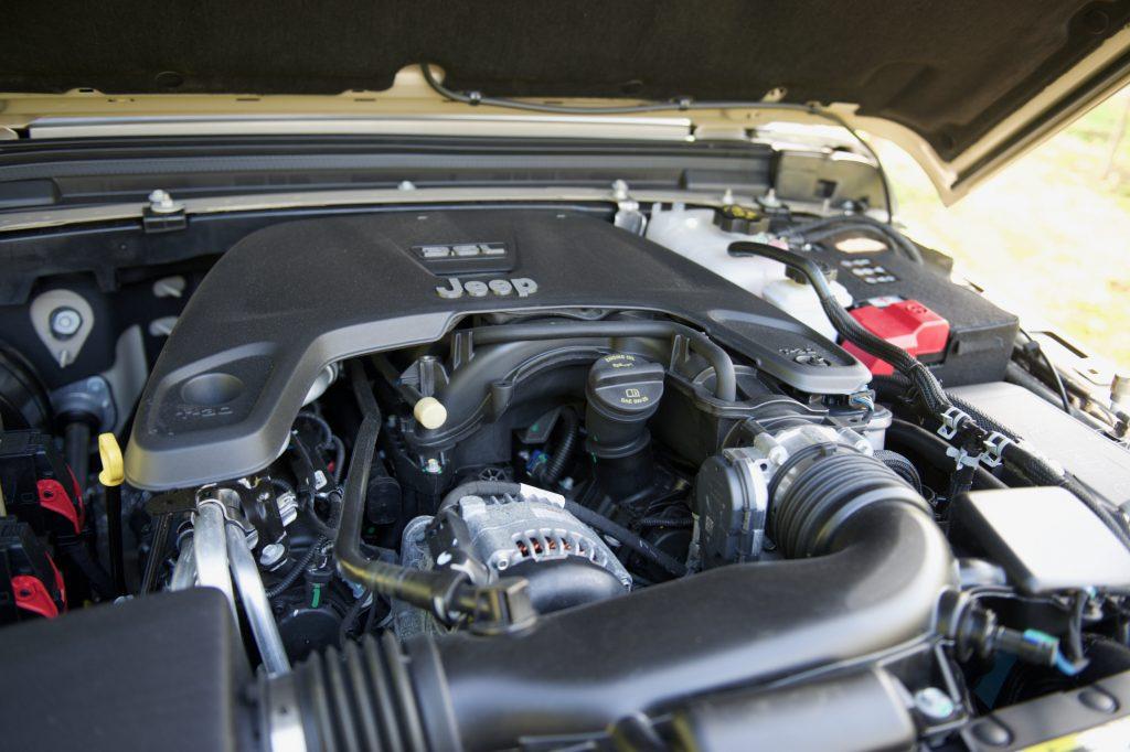 3.6-litre V6 Pentastar engine of a 2020 Jeep Gladiator