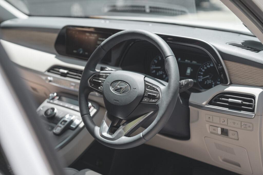 Right-hand Drive Hyundai Palisade interior